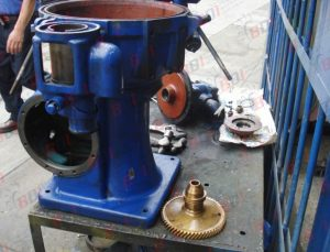 Mantenimiento de centrifugas para purificacion de aceite y petroleo